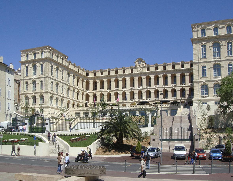 Marseille un renouveau d 39 art actuel almanart for Hotels genes
