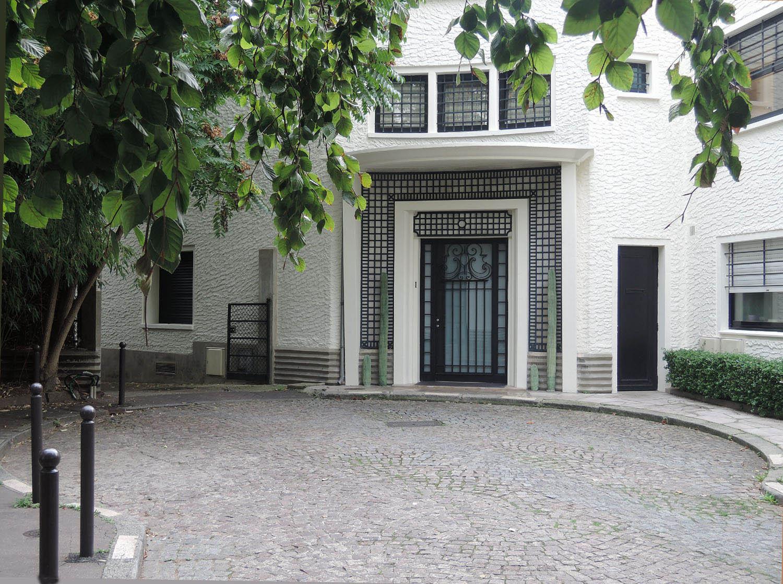 Architecture art d co la rue mallet stevens almanart for Arts de la maison